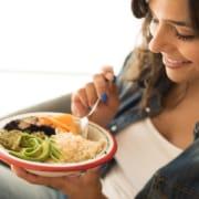 Saiba como engravidar mais rápido com o consumo de alimentos que favorecem a gestação