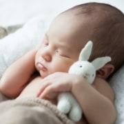 Entenda a importância do sono do bebê