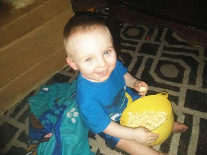 O menino Noah Tomlin que está desaparecido
