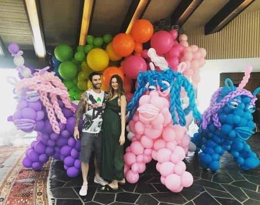 Os balões gigantes foram a alegria da festa