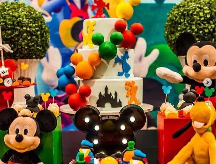 Imagem publicada da festa da menina Linda em Orlando