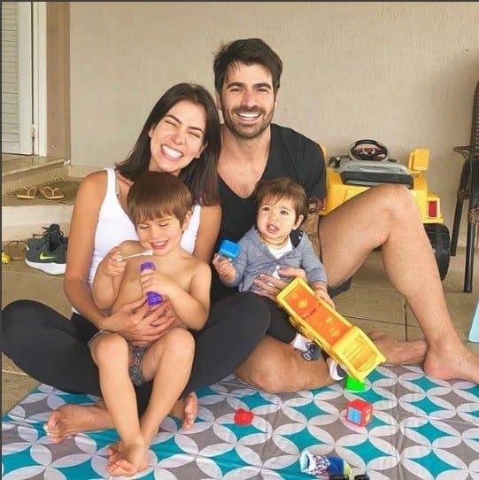 A linda família dos ex-BBBs Adriana Sant'Anna e Rodrigão