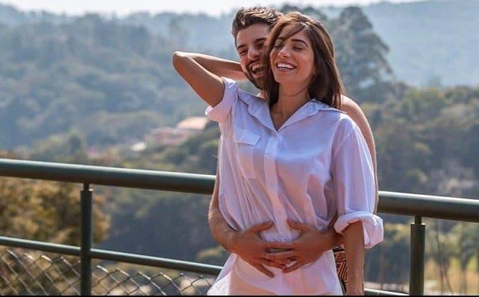 DJ Alok com a esposa Romana Novais, ele vai tirar licença-paternidade