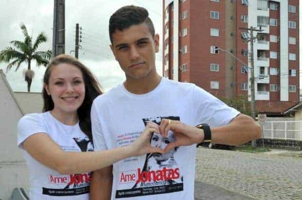 As camisas da campanha AME Jonatas