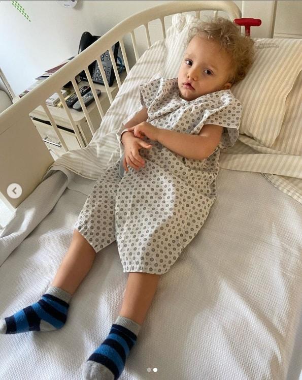 Sobrinho de Ana Hickmann após sua segunda cirurgia