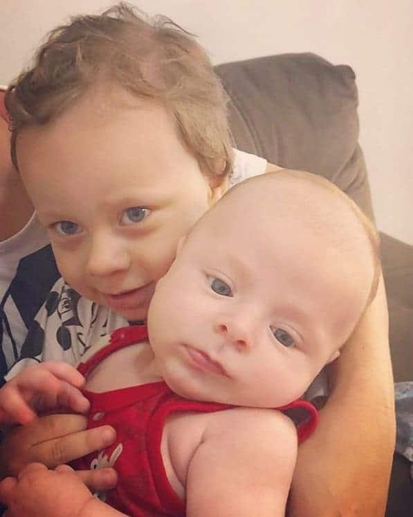 Bebê de Andressa Ferreira com o primo