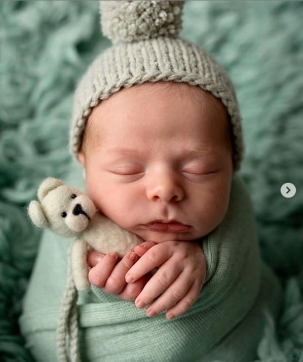 Ensaio newborn do bebê de Thammy Miranda e Andressa Ferreira