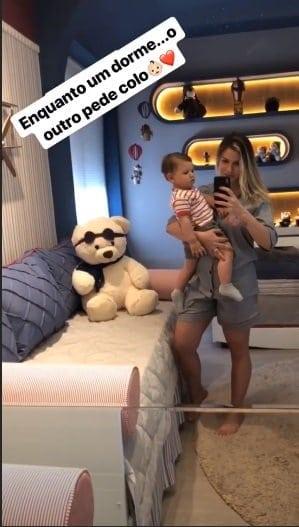 A mamãe Andressa Suita postou foto do corpo após duas gestações seguidas