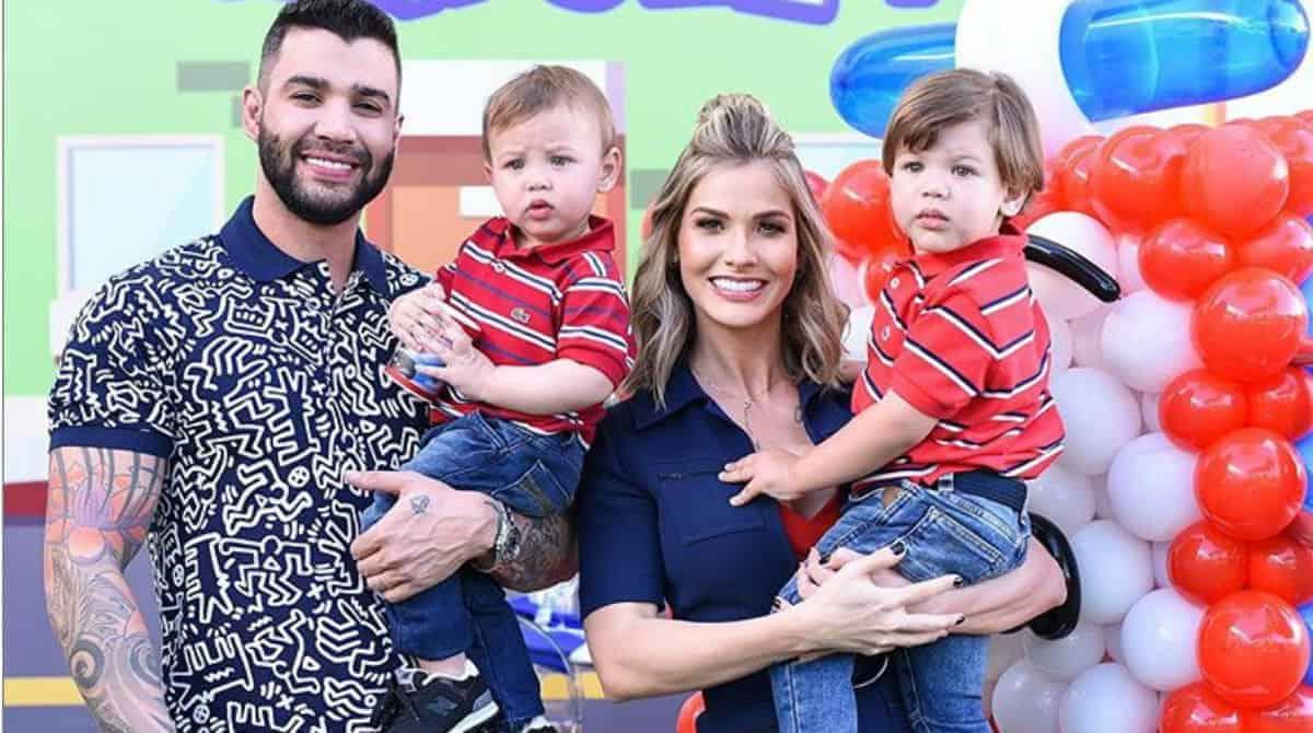 Andressa Suita e Gusttavo Lima celebraram o aniversário de Samuel e Gabriel