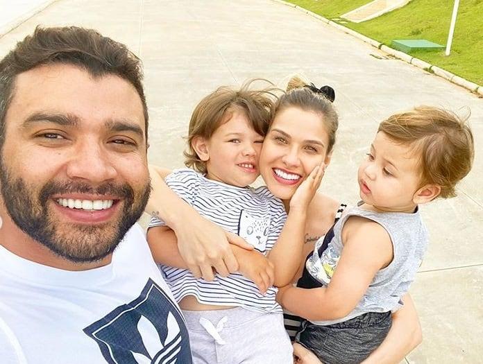 Andressa Suita com Gusttavo Lima e os filhos