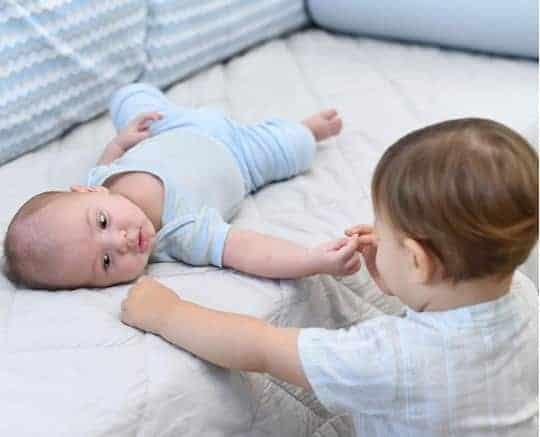 Os filhos de Andressa Suita e Gusttavo Lima em um momento fofo