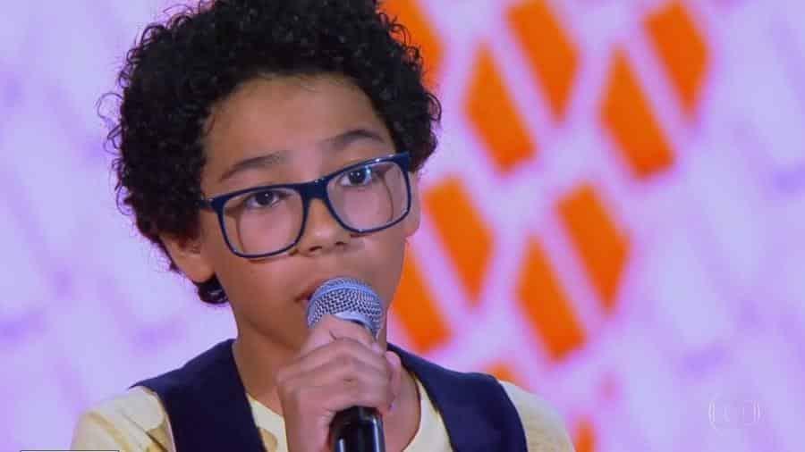 O cantor Felipe Machado, que dá a voz para o personagem Dollynho