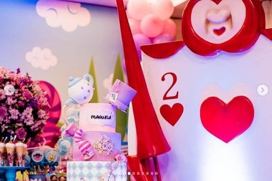 Cada detalhe foi feito com muito carinho para a festa de um ano da Manuela, filha do ator Pablo Sanábio