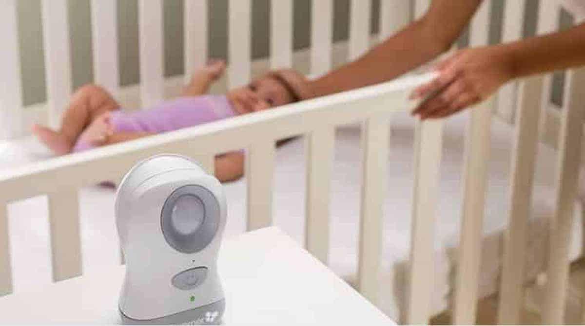 A babá eletrônica pode ajudar a cuidar do bebê