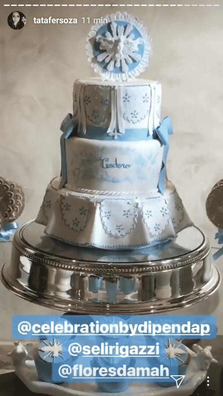 Bolo do batizado do filho de Michel Teló e Thaís Fersoza