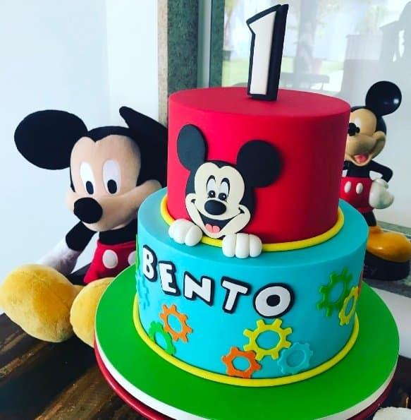 Bento ganhou um bolo do Mickey