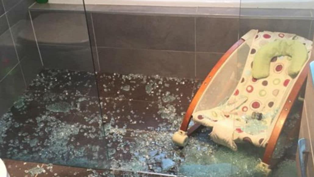 O banheiro ficou assim, após o acidente