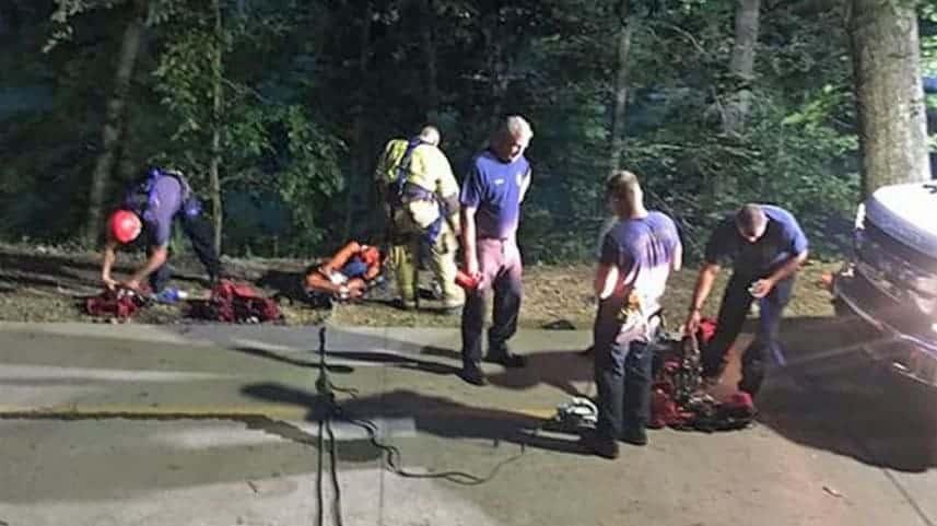 Bombeiros após acidente da bebê com o carrinho