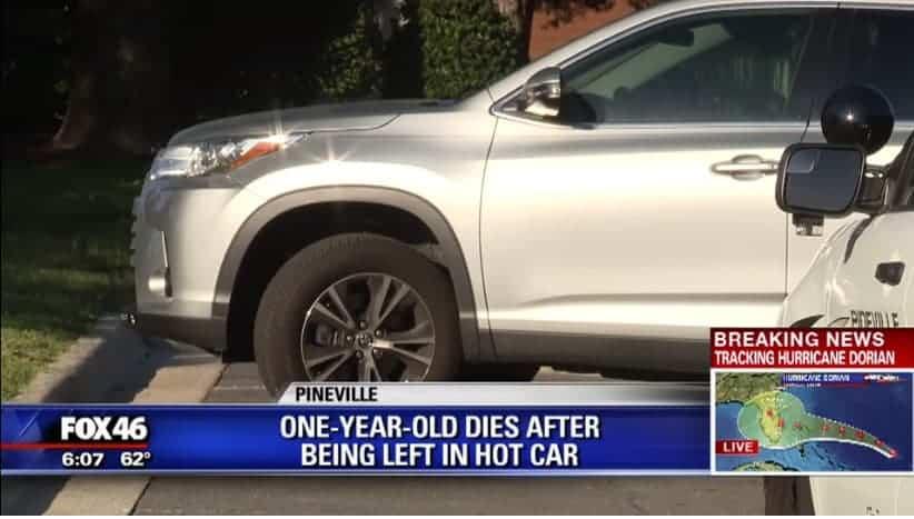 Carro que mãe esqueceu seu bebê de um ano