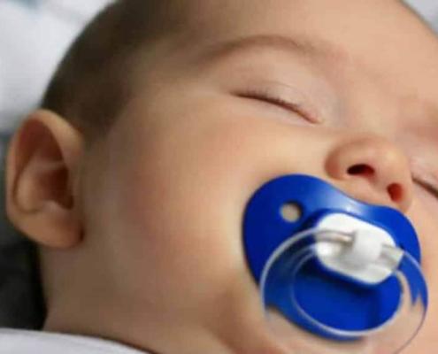 Veja alguns motivos para o bebê não chupar chupeta
