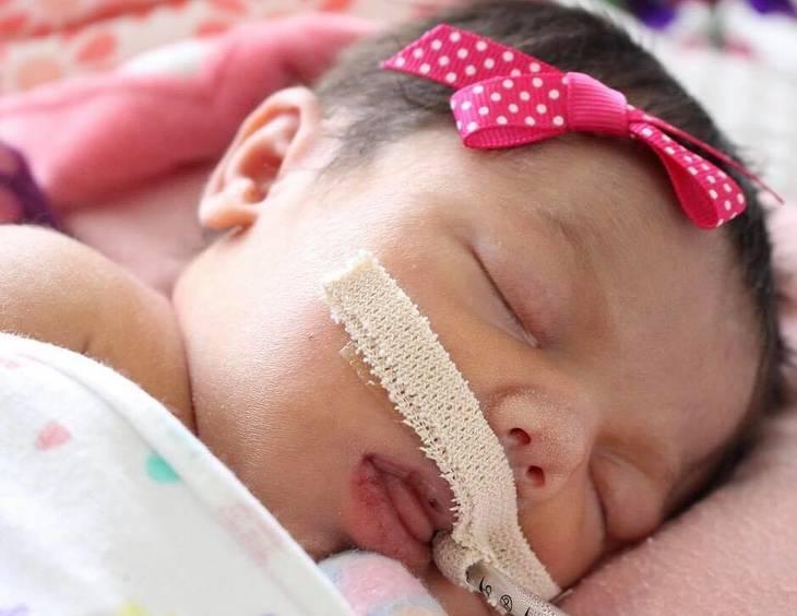 Bebê morreu após a mãe grávida levar dois tiros