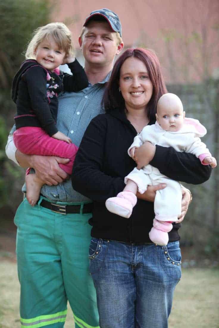 bebê e família