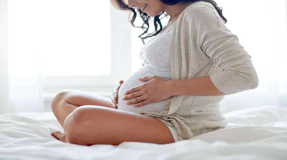 Veja o que fazer quando não sentir o bebê se mexendo