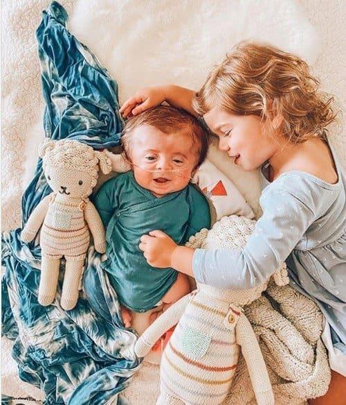 O Instagram com as fotos do bebê já alcançou mais de 55 mil seguidores