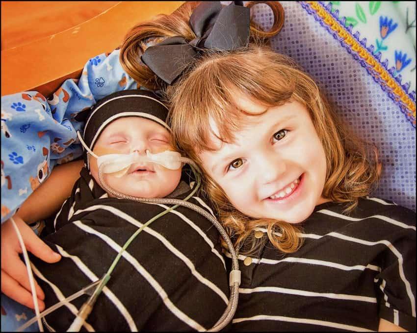 O bebê sofre de Síndrome da Hipoplasia do Coração Esquerdo