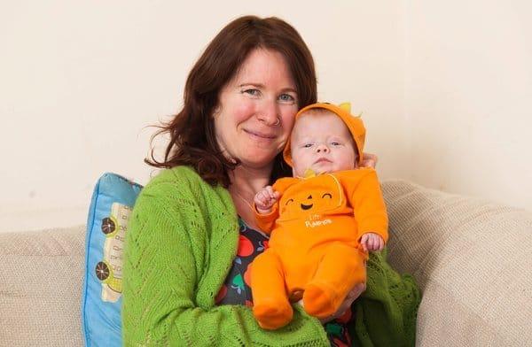 A bebê Pixie Griffiths-Grant passa bem
