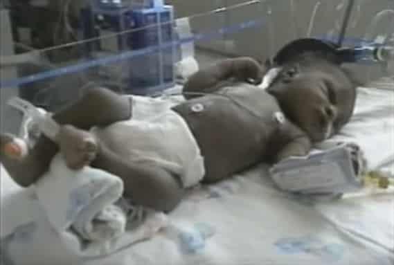 Essa imagem foi feita pouco depois do bebê Matthew ser resgato