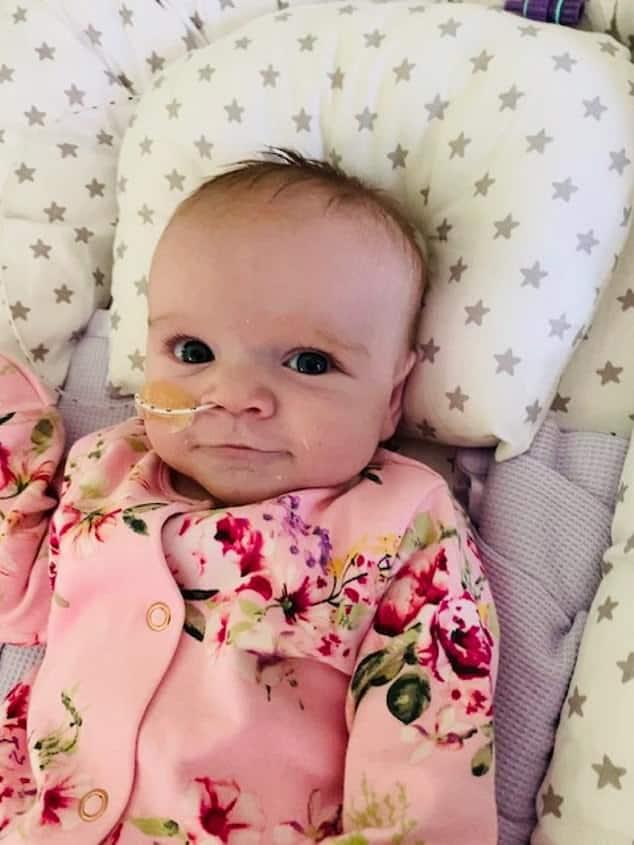 Bebê que venceu o novo coronavírus