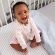 Saiba como deixar o bebê confortável com as mudanças climáticas