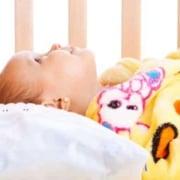 Aprenda os cuidados para deixar o Veja os cuidados necessários para o bebê dormir no berço