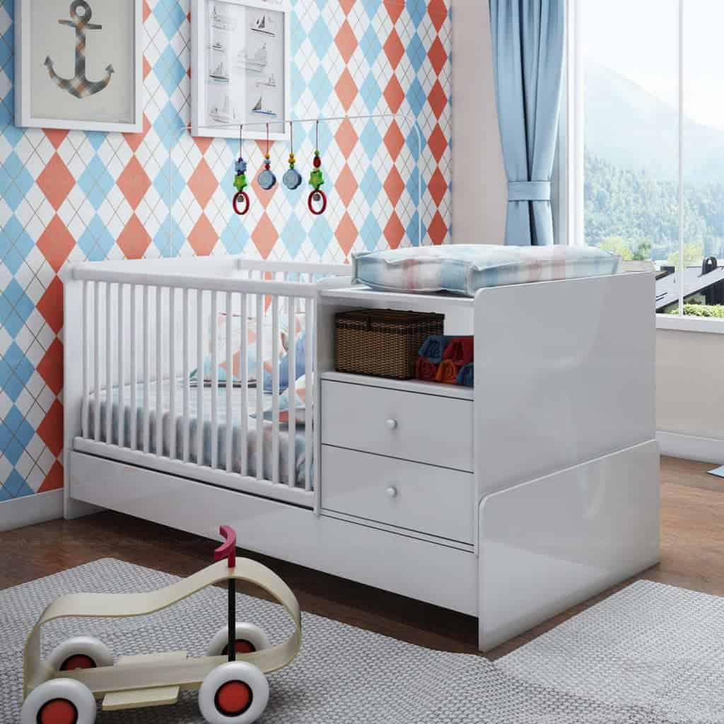 Modelo de berço para quarto de bebê que encaixa em espaços pequenos