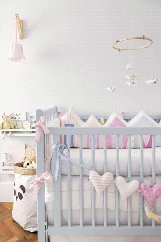 Berço encantador para o quarto de bebê