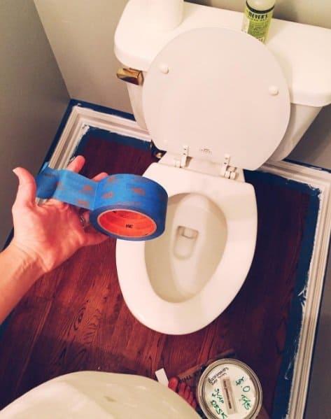 """Fotos engraçadas mostram os efeitos do """"cérebro de grávida"""" - fita adesiva no lugar do papel higiênico"""