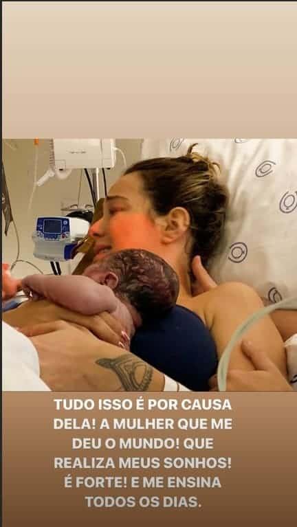 O bebê de Carol Dantas nasceu por meio de um parto normal