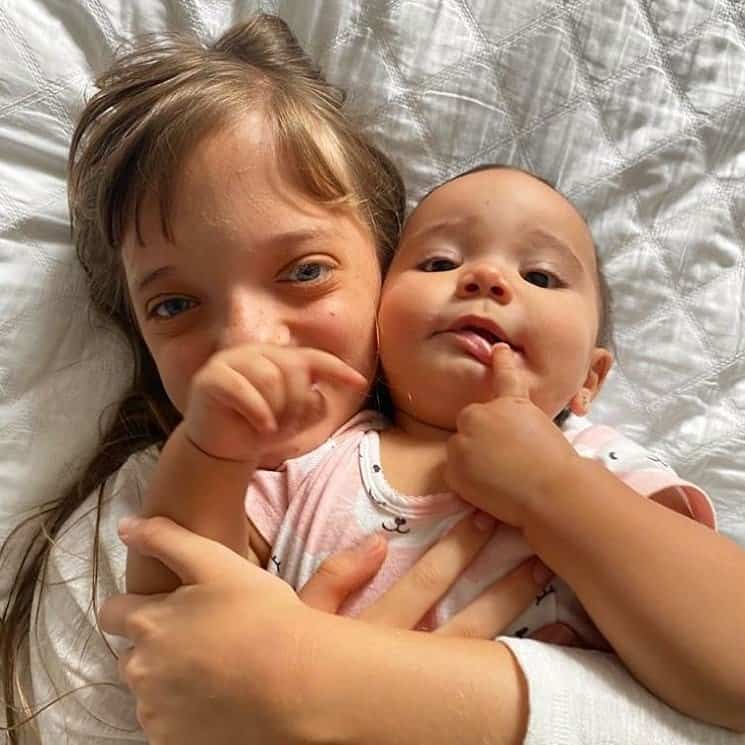 César Tralli mostrou esta foto de Rafinha com Manu