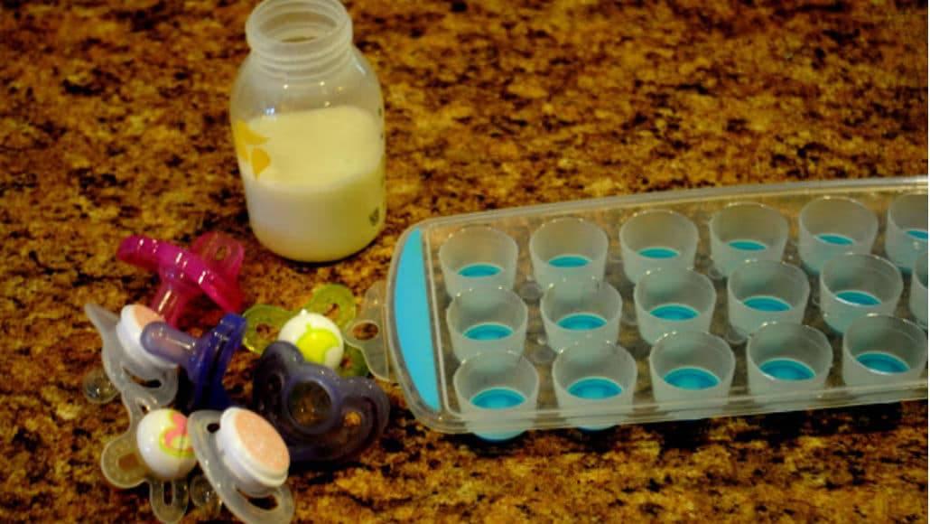 Itens para a chupeta de leite materno