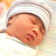 Como aliviar as cólicas no recém-nascido?
