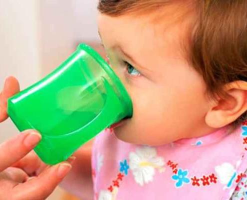 Veja como armazenar o leite materno