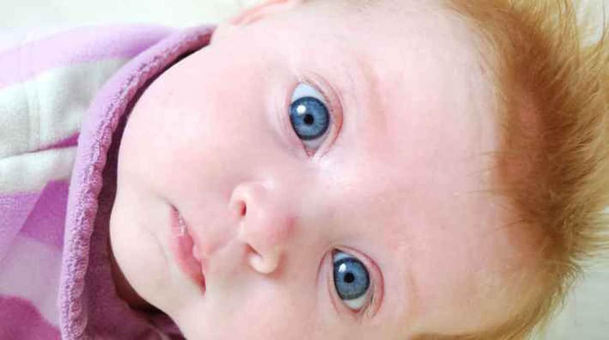 Site calcula chances do bebê ter olhos claros