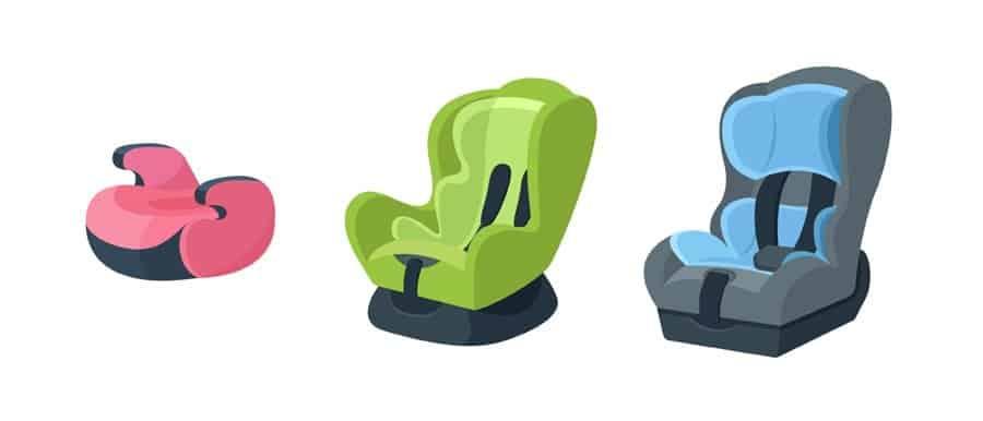 Dependendo da idade, as crianças podem usar booster, bebê conforto ou cadeirinhas