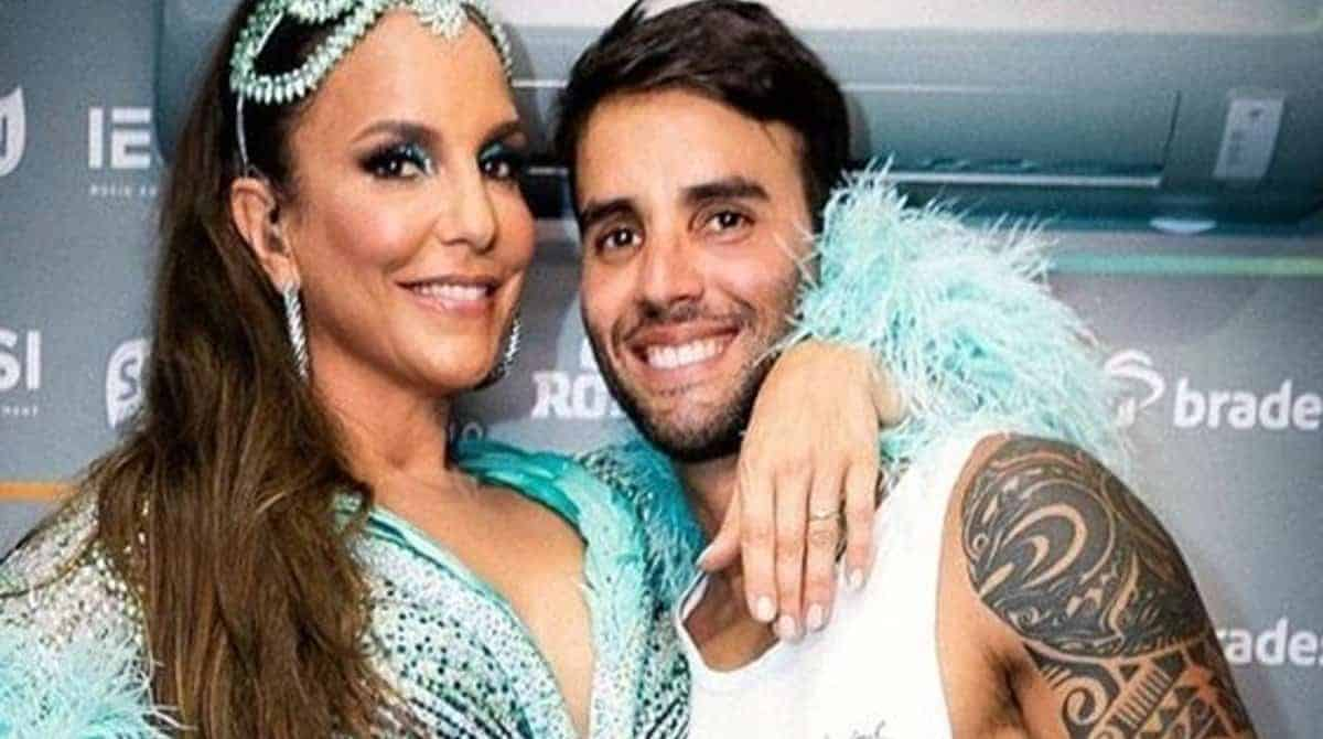 Daniel Cady posou com suas filhas com Ivete Sangalo