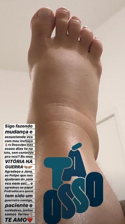 O pé de Dany Bananinha no final da gestação