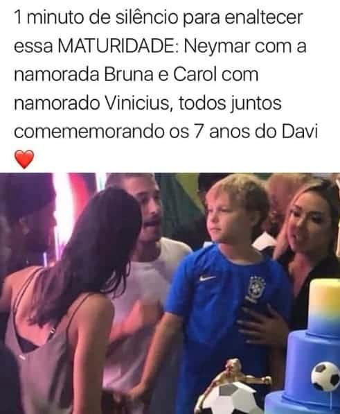 Uma grande foto de família, Davi Lucca, Carol Dantas, Neymar Jr, o padrasto, Vinícius Martinez, e a madrasta, Bruna Marquezine