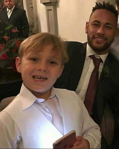 Davi Lucca com o papai Neymar