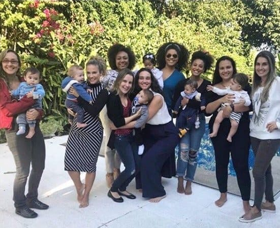 Imagem das atrizes do grupo Baby Boom, na foto estão: Sheron Menezzes, Juliana Alves, Maíra Charken, Débora Nascimento e Keruse Bongiolo