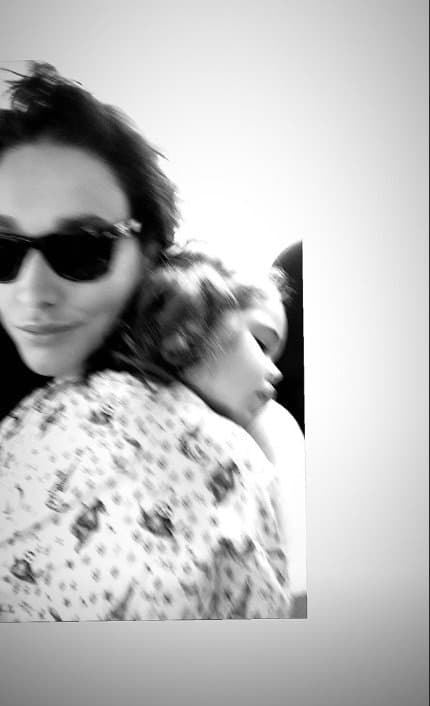 Débora Nascimento com sua bebê Bella
